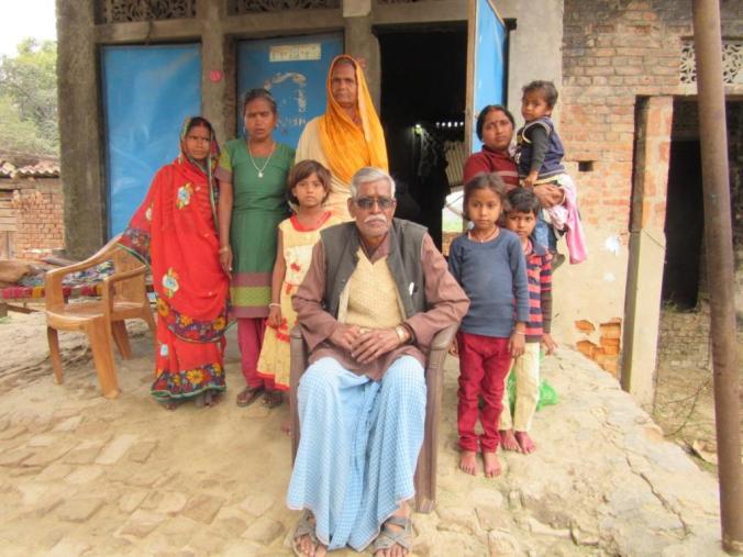 9Final-Murari Kashyap and his family.JPG