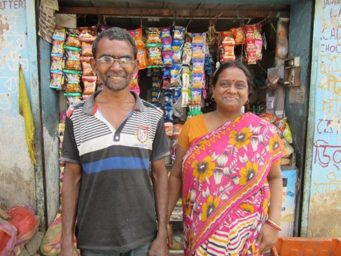 Grocer Niranjan Sahu and Saraswati from Sarbangha Colony in Bardhaman Durgapur constituency, says they have lost faith in all politicians