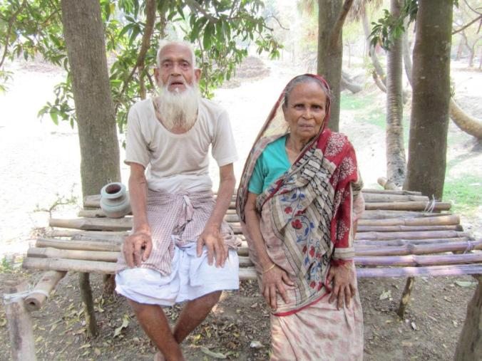 Mohammed Fazl Haq (with his wife), a farmer from Serpur of Jangipur seat, says he will vote for any party that ensures the safety of Muslims.JPG