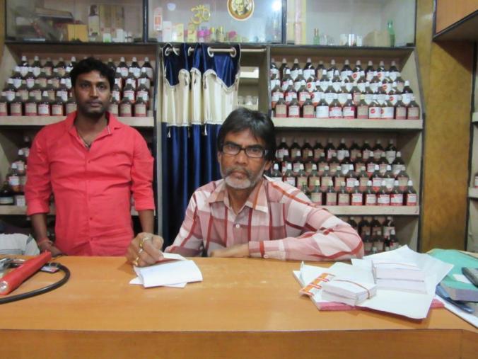 Nateshkumar Pal, a homoeopath from Sunny Park, Malda, says, 'Bengal needs more representatives at the Centre.'.JPG